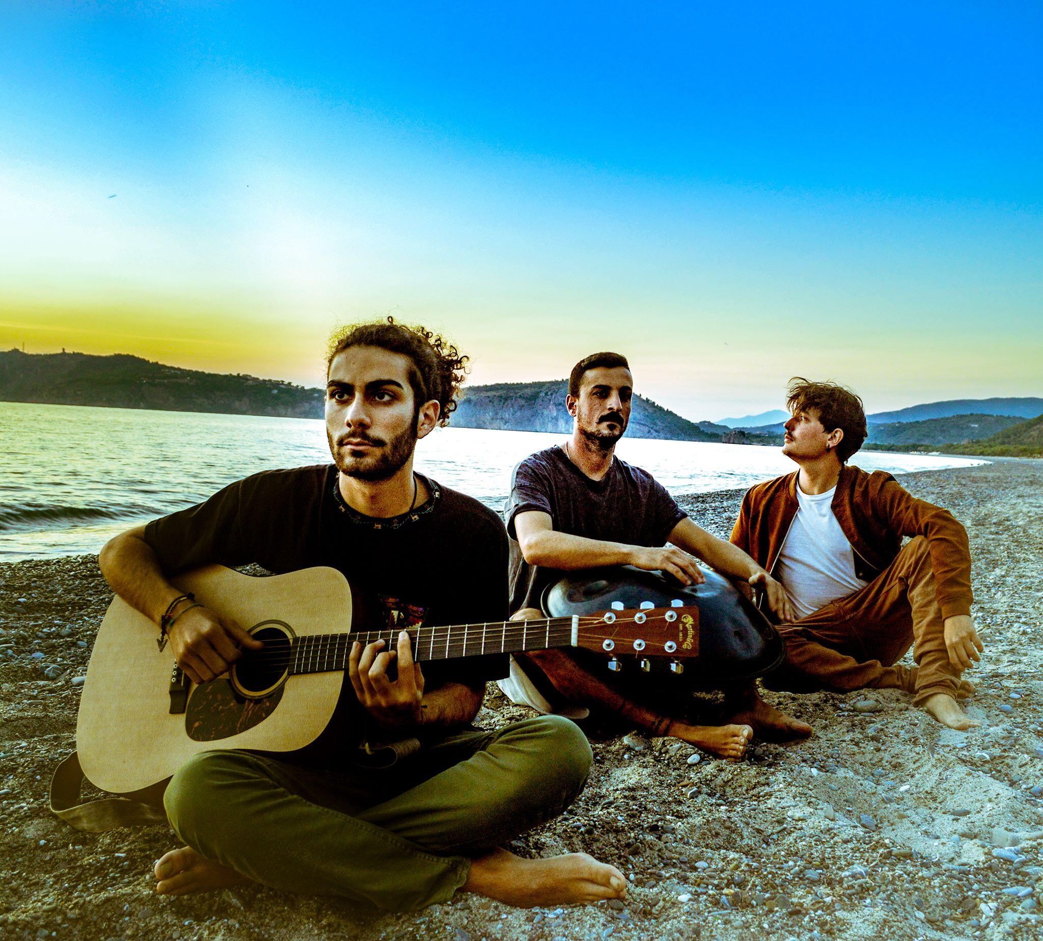 Vibrazione Positiva, il trio Cilentano si racconta: «Ascoltate i pensieri giovani»