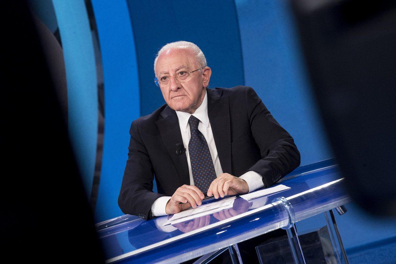 Governo, De Luca: «Draghi? Non sono all'opposizione»