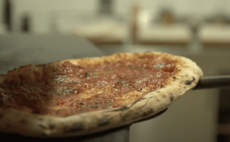 Il racconto dell'antica pizza cilentana: l'Ammaccata di Cristian Santomauro