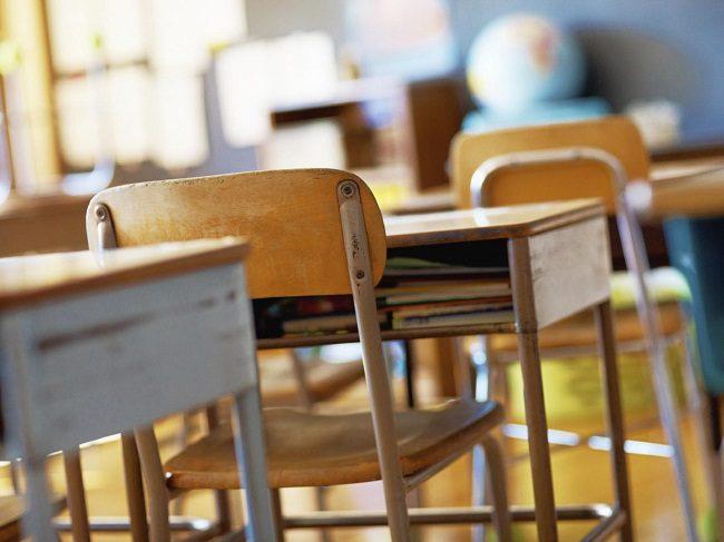 Insulti e percosse a bimbi dell'asilo: torna in libertà la maestra cilentana