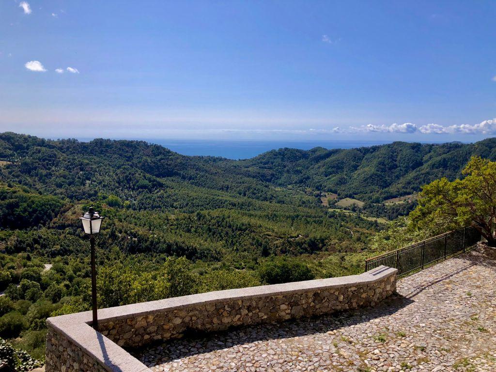 Tortorella riparte dall'ospitalità e presenta il portale turistico del borgo