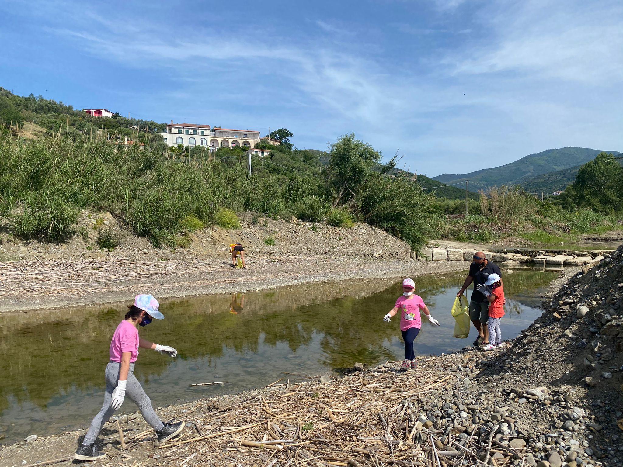 Pioppi, volontari in campo per la pulizia del litorale