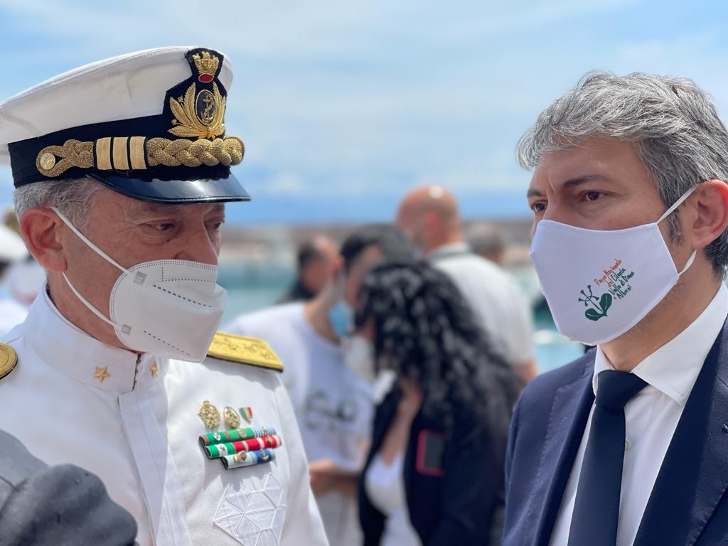 Pellegrino a Scario: «Dovere morale tutelare mare tra i più belli d'Italia»