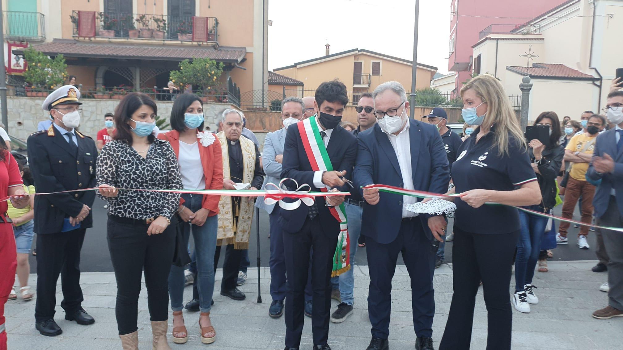 Inaugurata la nuova piazza Plebiscito a Sapri | FOTO