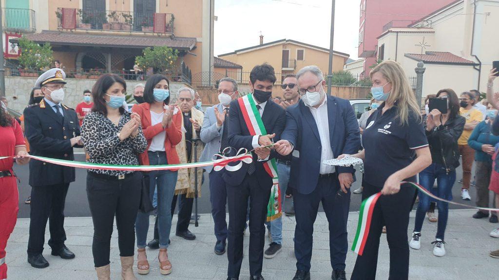 Inaugurata la nuova piazza Plebiscito a Sapri | FOTO - Giornale del Cilento