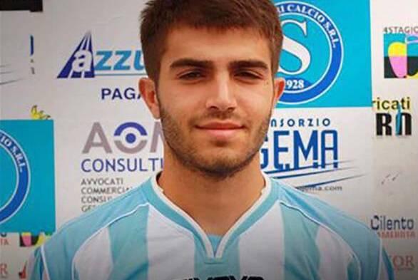 Morto l'ex calciatore del Sapri Giuseppe Perrino, stroncato da malore sul campo